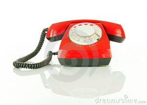 red-old-fashioned-telephone-22741121